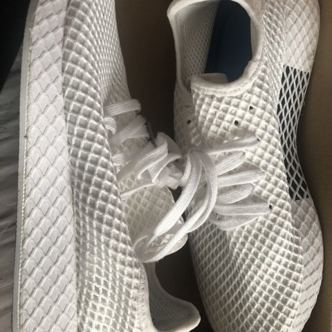 85411dbf1 size 9 adidas deerupt white only worn once no rips or - Depop