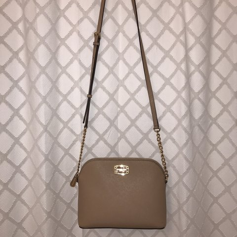 34cef475f977 Michael Kors Cindy Dome Crossbody! Super nice and only I a a - Depop