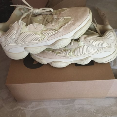 4ae2ebb939237 Yeezy 500 super moon yellow Size 9.5 brand new never used - Depop