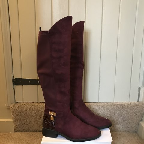 bedb6679364 Knee High Maroon Boots (price includes shipping)    Will - - Depop