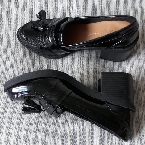 8f3cb036fdb Size 5 block heeled black patent loafers. Great for work. - Depop
