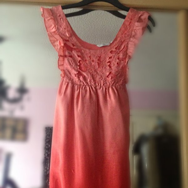 c2b05c39c67 Lovely summer or evening dress by new look. Cut out on silk - Depop