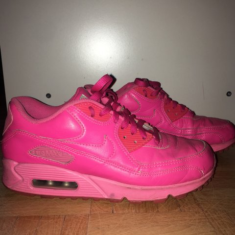 e19b12688c4 sneaker Nike air max neon pink 39 Only worn a handful of of - Depop
