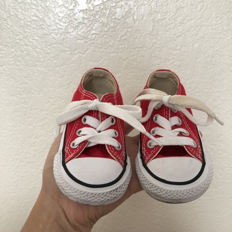 d0e3f5eae02 Toddler red chucks barley used Size 4 Price dropped!!! - Depop