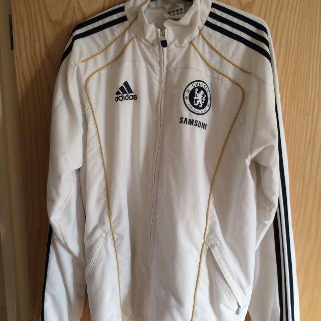 low cost b1d78 014dd Mens Adidas Chelsea FC warm up jacket, in white gold ...