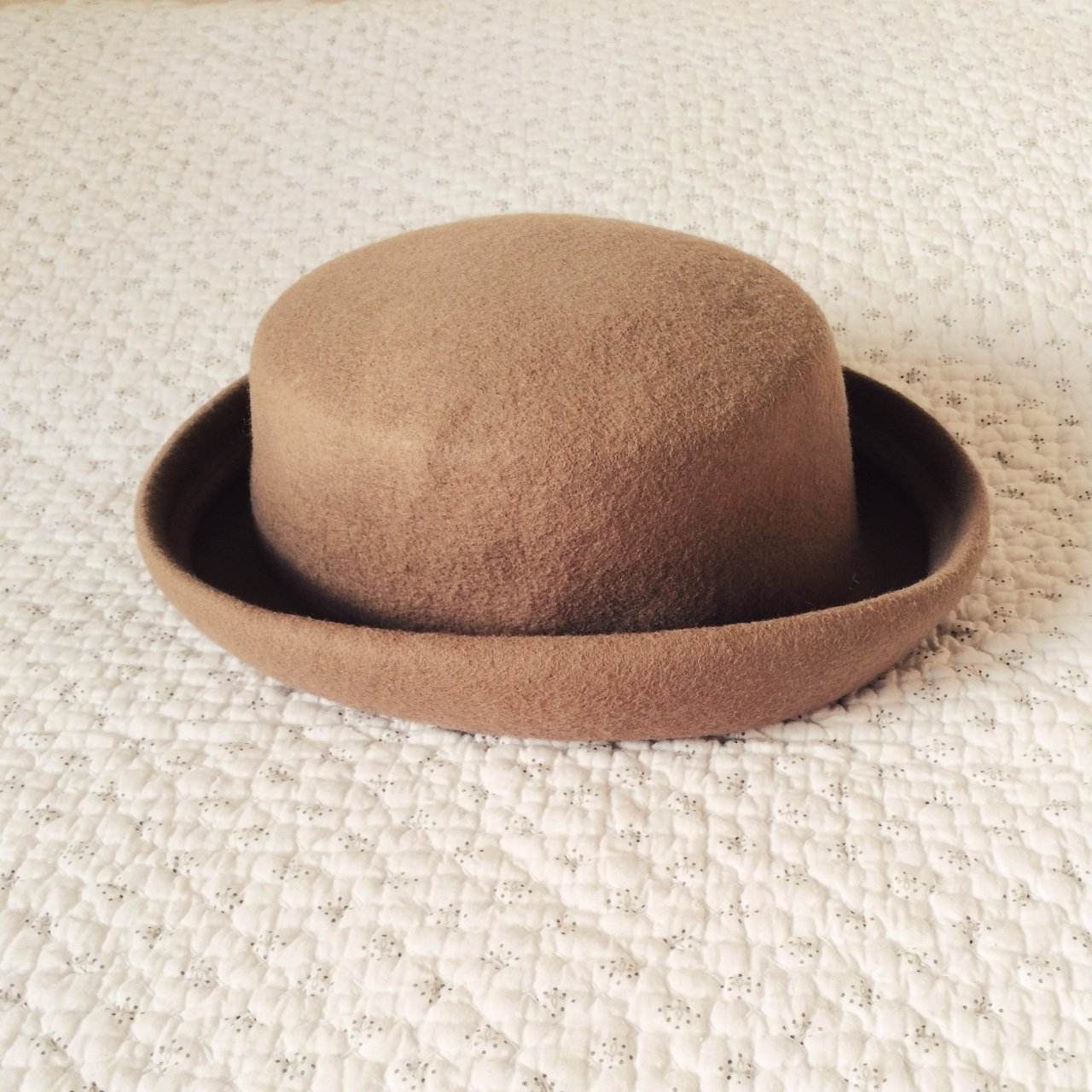 Beige material small bowler hat 👒 only worn twice and in - Depop 0228e891b6d