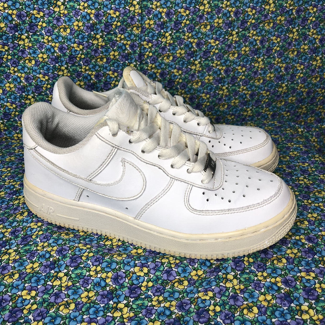 Nike AIr Force 1 shoes. Slight