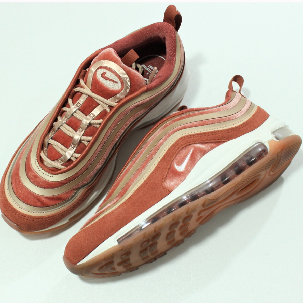 Amazing New Deals on Womens Nike Air Max 97 UL 17 LX Dusty