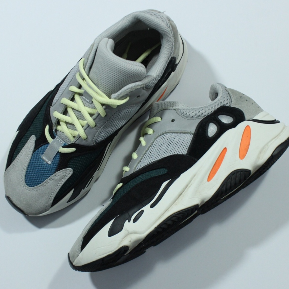 sports shoes 57a3a 6f1de Authentic Adidas Yeezy Boost 700 Wave Runner B75571 ...