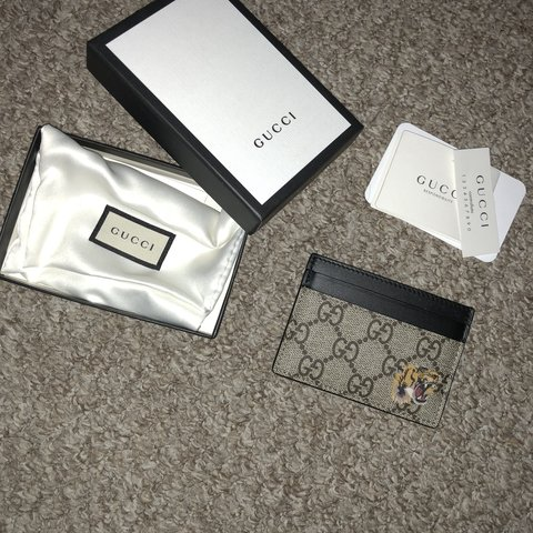 5ff6ea389184 @nroache. last year. Leeds, United Kingdom. Authentic Gucci Card Holder Used  once