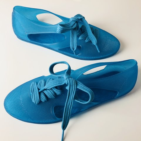 b975c7e61ef4  couture allure. 4 months ago. Denmark. F-Troupe jelly bathing shoes ...