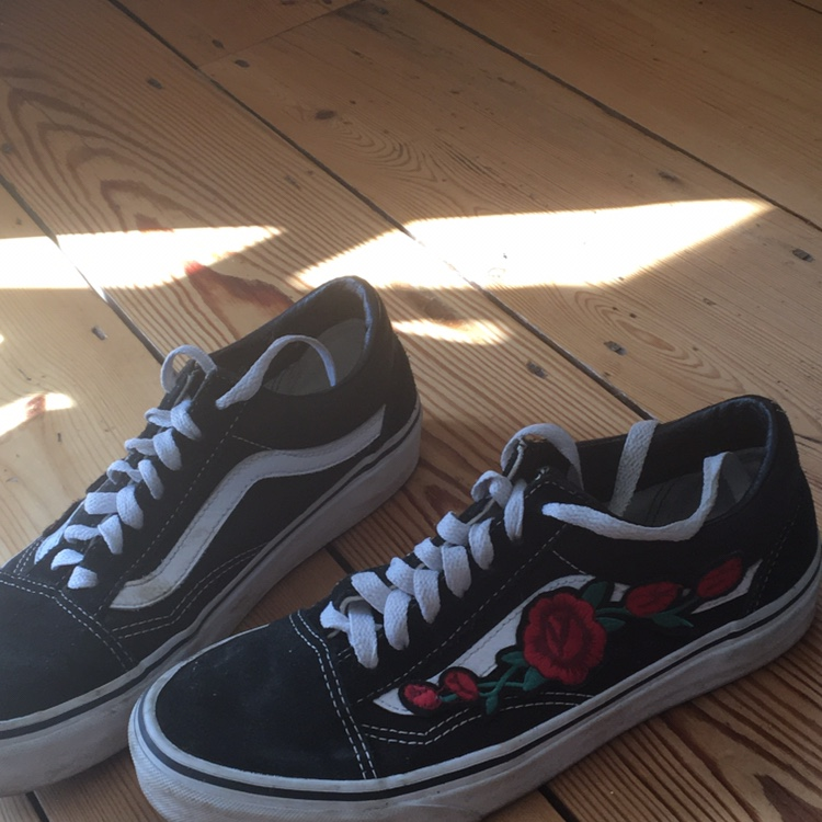 classic old skool low top black and white vans with Depop