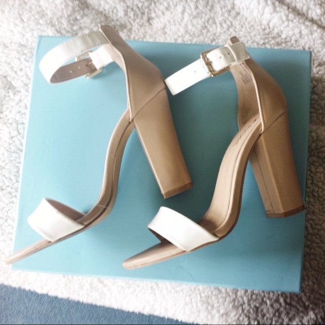 4850a7f383e8 Beautiful Fiore nude sandals size 5 38! Good condition and - Depop