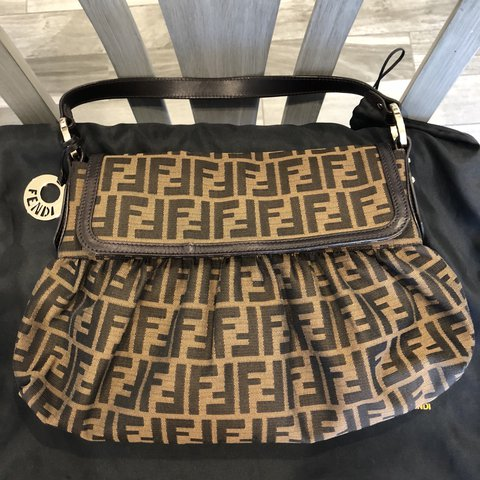 43467c8e4270 Fendi Zucca Chef Hobo bag-Canvas hobo with brown leather zip - Depop