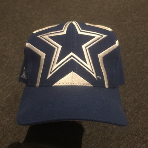 e0bd66e310354 Vintage Dallas Cowboys Apex One 90 s snapback hat Double - Depop