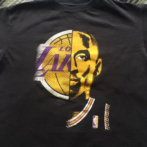 869867e869e Los Angeles Lakers Kobe Bryant Majestic t-shirt Size  Kids - Depop