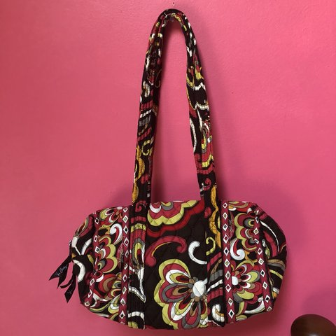 6bca291b22eb Like new Vera Bradley Purse. This one was retired and is no - Depop