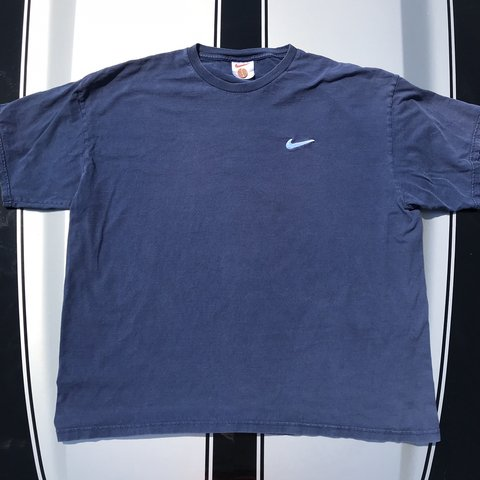 2e9adc33f Nike Embroidered Check Throwback Vintage Tee Shirt Navy / XL - Depop