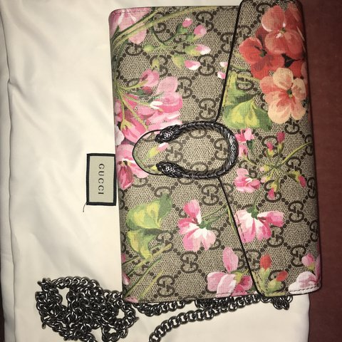 2d835327e7e Authentic Gucci GG blooms Dionysus monogram wallet on a worn - Depop