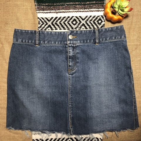 99c7a07541 @marlarobinson. 7 months ago. Kissimmee, United States. Cute denim skirt by banana  republic!