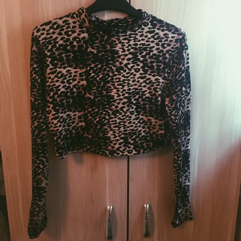 d13953421632 @marfz. 9 months ago. Manchester, United Kingdom. Leopard cheetah print  long sleeved stretch high neck turtle neck top cropped