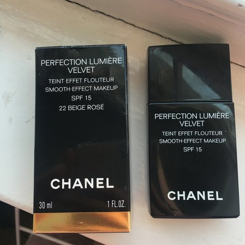 9a65a449cdad CHANEL perfection lumiere velvet foundation in colour 22 in - Depop