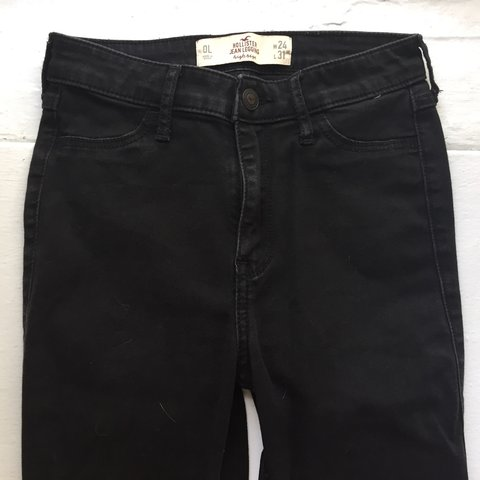 3321453bee00 @cindastic. 6 months ago. Chicago, United States. Black high waisted jeans    size 24   good condition ...