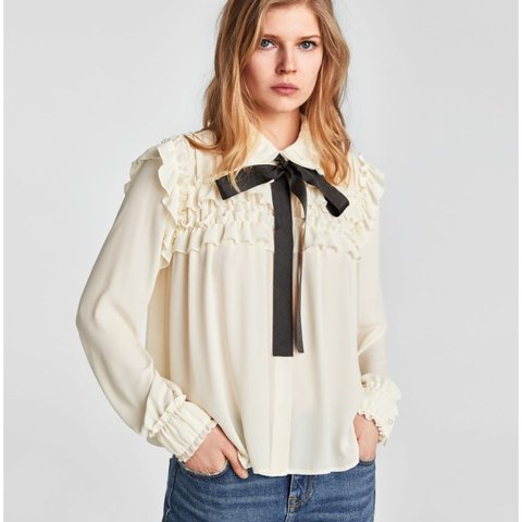 73917aad909981 @hannahstaunton111. last year. Watford, United Kingdom. Zara ruffle blouse  with black bow never been worn xx size ...
