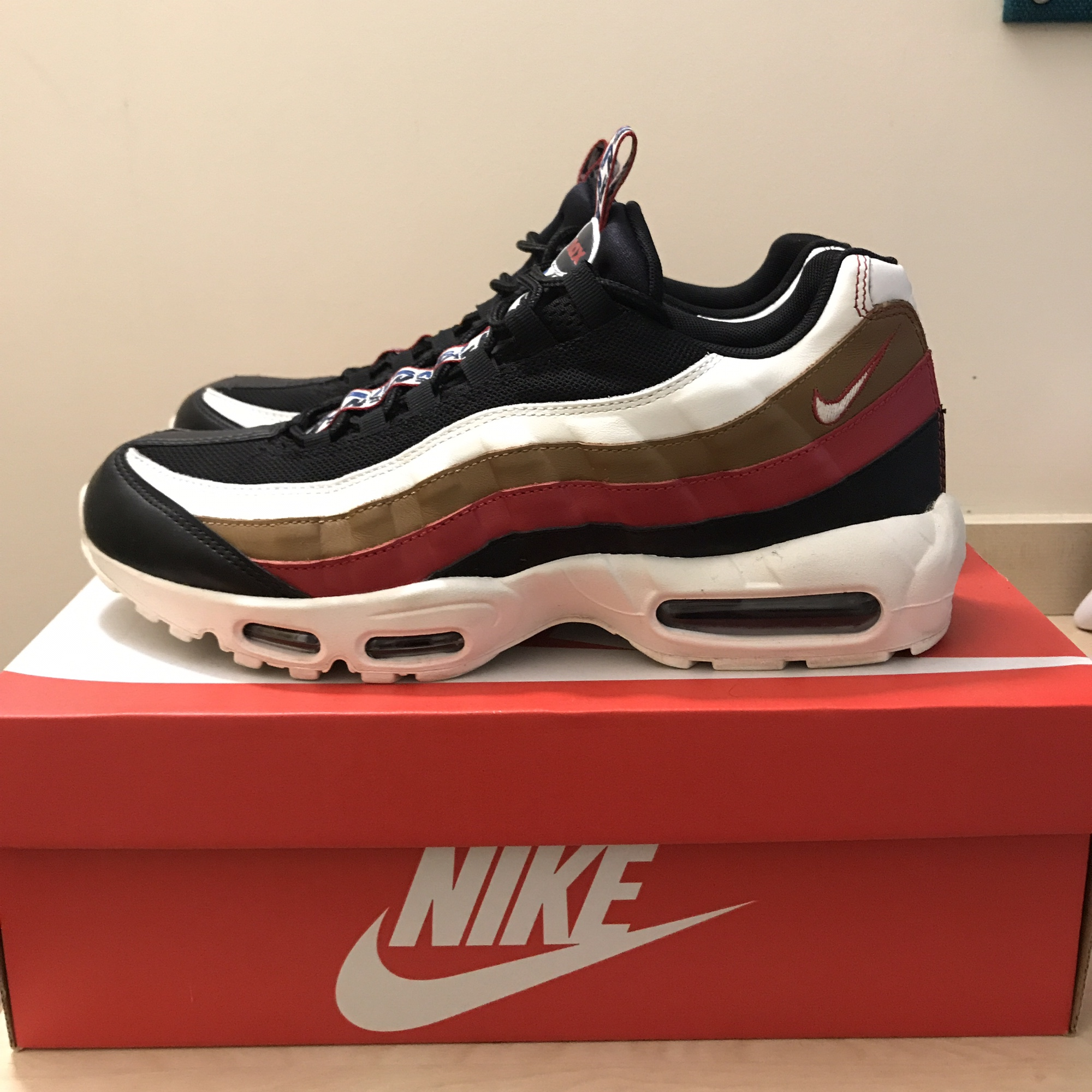 10426fded4 @mattsantos99. last year. Sheffield, United Kingdom. Nike Air Max 95 Taped  UK Size 11. Worn only a couple ...