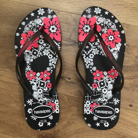 834d69b22 HAVAIANA Flip Flops SIZE 5 Hardly worn and in perfect - Depop