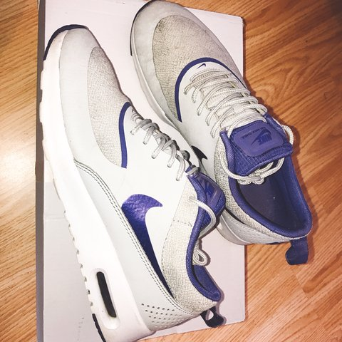 the best attitude 790d6 2eec2  meiladsantos1. 8 months ago. Aldershot, United Kingdom. Women s Nike Air  Max Thea - purple, grey and white.