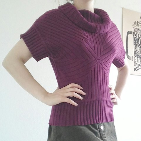 306bc436 @babydahl20. 2 hours ago. Fort Worth, Texas, US. Bright red-purple sweater  shirt from Dress Barn size small.