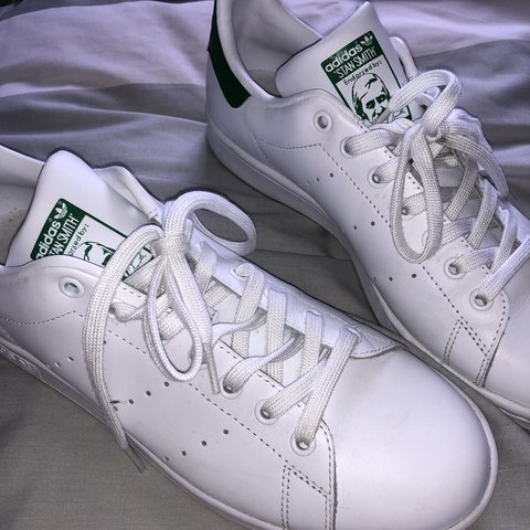 official photos 50b25 918ae Adidas Stan Smith trainers, size 9.5 but will fit a... - Depop