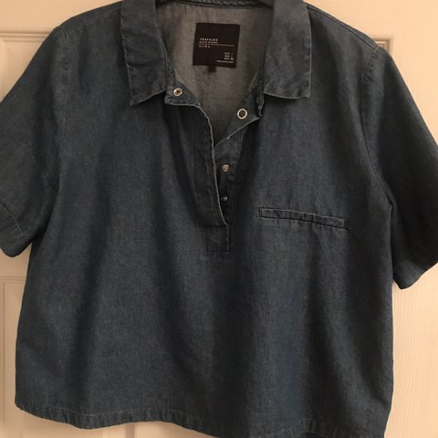 a16de9728a3ac Zara denim crop top Size large Never worn!! - Depop