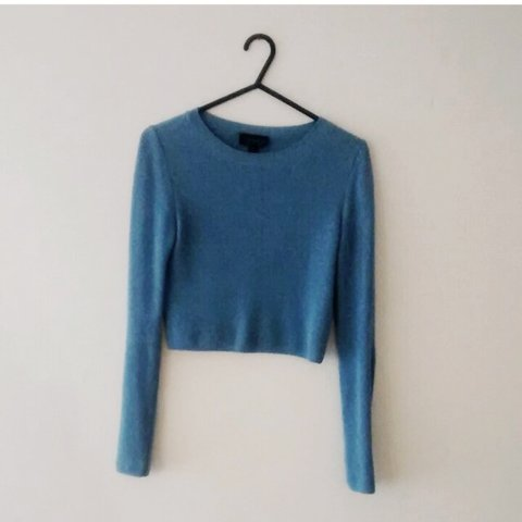 4f17627947 Topshop cropped jumper paid 28 for it. Barely worn in great - Depop