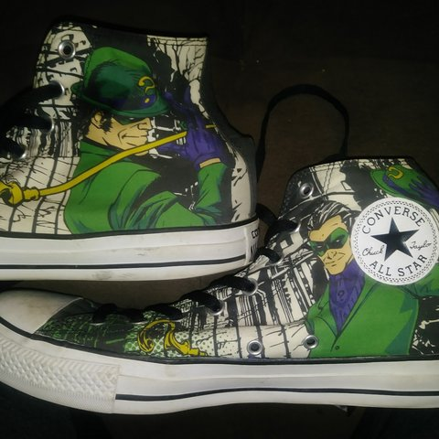 d9897f5657dc Riddler edition Converse. They are in great shape