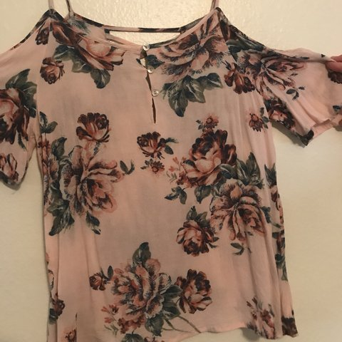 0070b20b59b5b7 @jstern. last year. Los Angeles, United States. cute on and off the  shoulder top soft pink ...