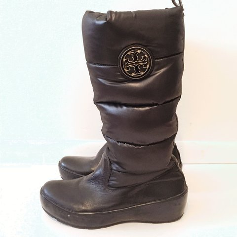 0ed199acadd ❗ ❗ NEW ITEM ALERT ❗ ❗ Tory Burch Puffer Snow Rain Boot in ...