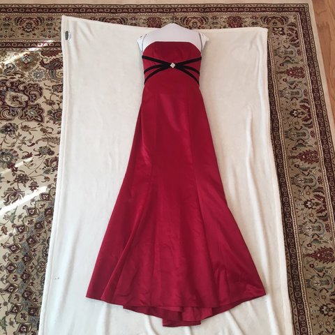 Davids Bridal Red Prom Dress Includes Extra Red Fabric If Depop