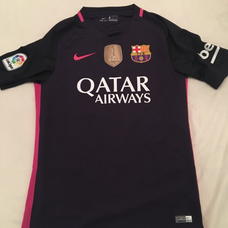 Official Barcelona Away Kit 2016-17 Bought from Camp    - Depop