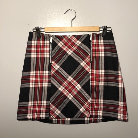 6577b26f49 💌 RARE FIND!!! super cute plaid skirt - from target in the - Depop