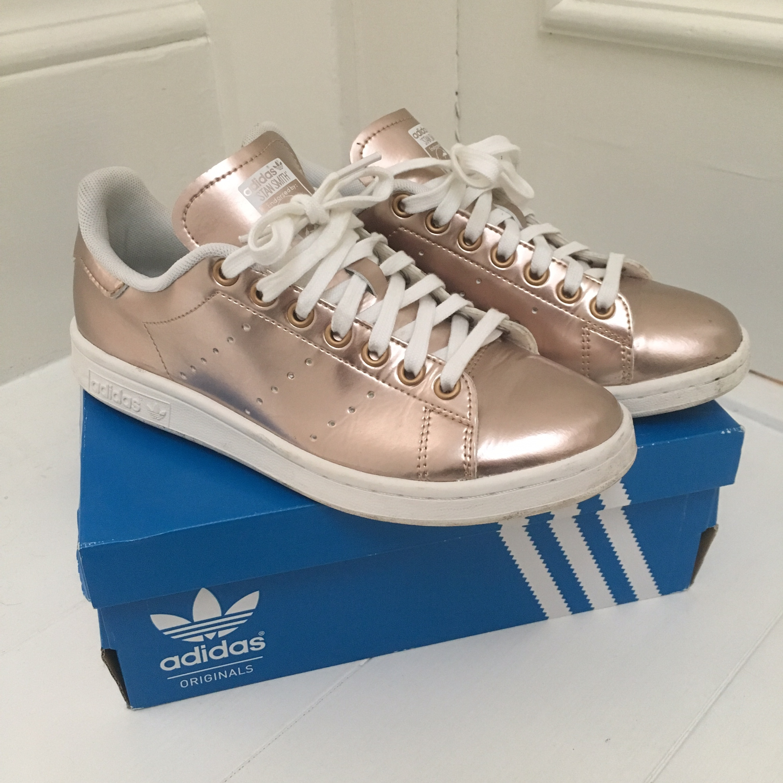 adidas stan smith metallic rose gold