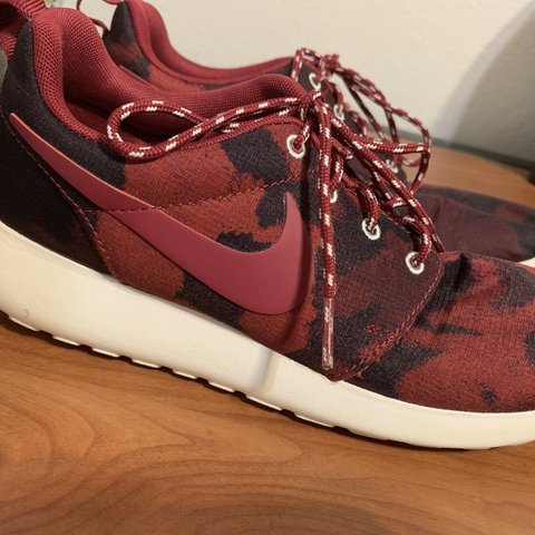 21e3355891dfc @farahmena. 5 months ago. United States. Red Camo Nike Roshes. Super comfy  and great for exercise ...