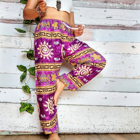 b72fdbf380b0e Hippy Harem baggy trousers ☺ These trousers are super and - Depop