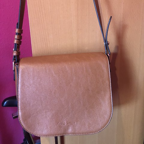 e5f714241ec7 Anna Smith Brown Leather Crossbody Shoulder Bag With Stud be - Depop