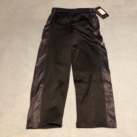 b333919797187d NWT🔥 Boys Jordan Jumpman Joggers These are brand new with - Depop