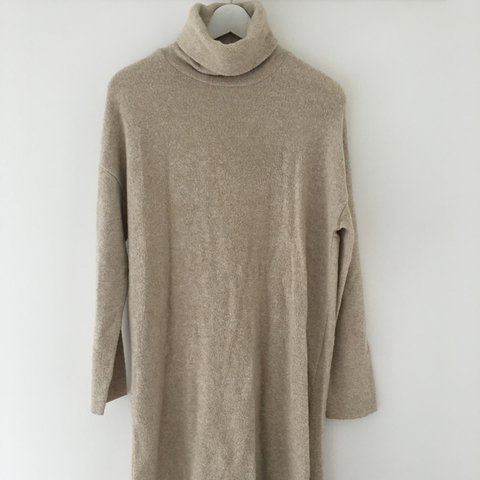 03590252 @beebees. 2 years ago. Maidstone, UK. ZARA -roll neck jumper dress. Fits a size  6/10. In very good condition!