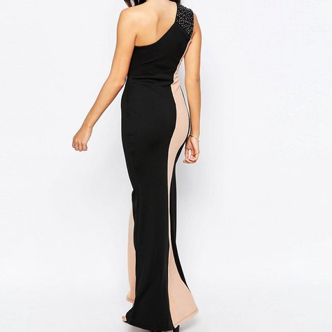 a04e8605dc5 Jessica Wright one shoulder black and nude maxi dress. on 12 - Depop
