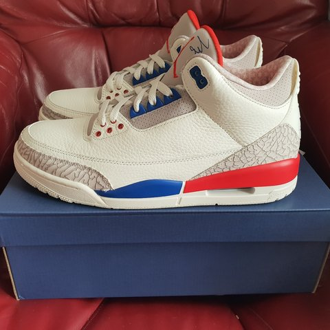 19fa84fb09d2 Jordan 3 International Flight - Depop