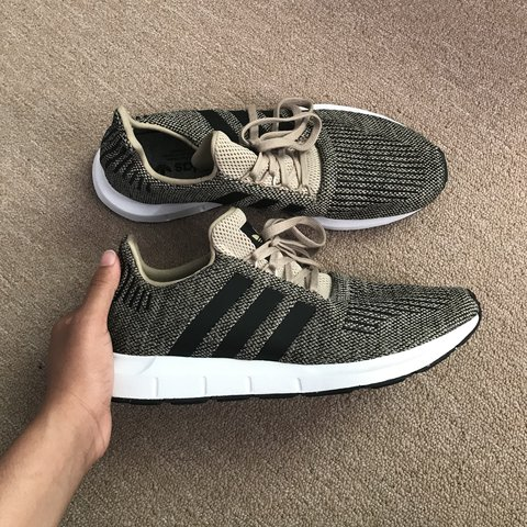 4071ff780afbe Adidas Swift Runs Size  men s 10.5  women s 12 Only worn - Depop